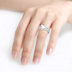 Jeulia 3PC Pear Cut Sterling Silver Eternity Ring Set